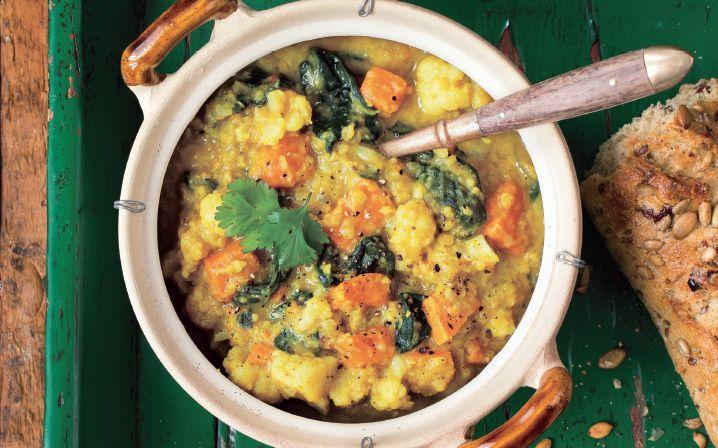 Indiai lencsés karfiolleves – Egészségesen, vegán, egyszerűen!