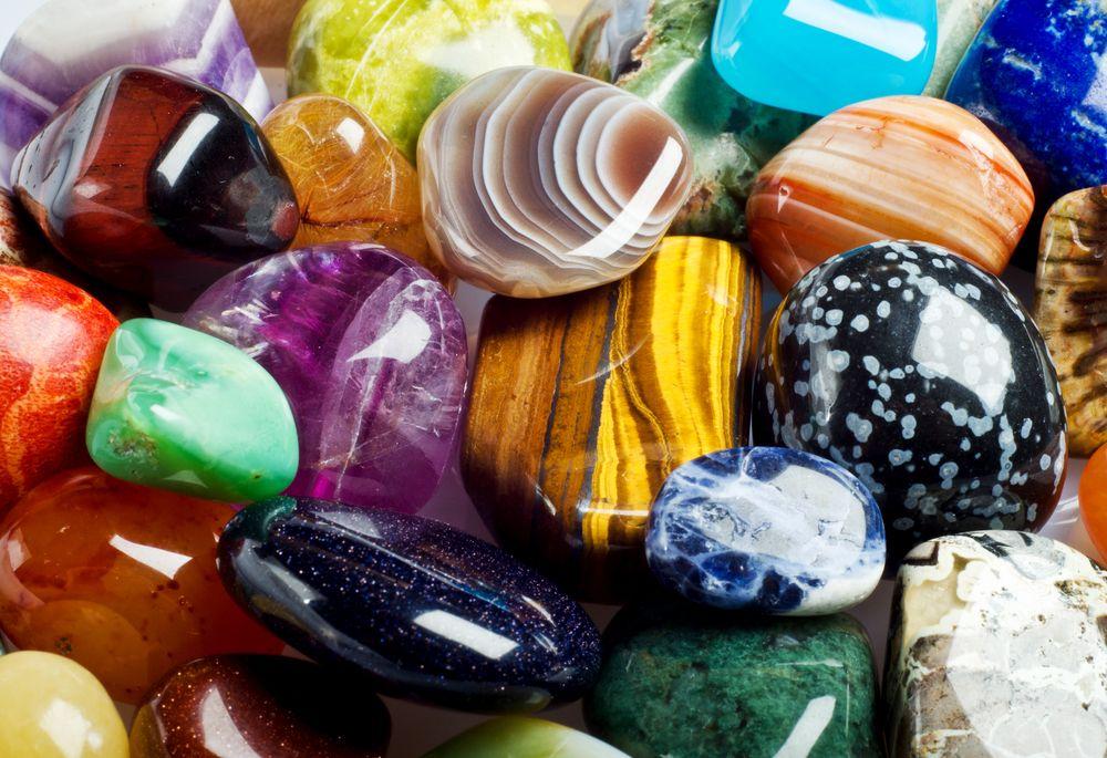 Kristályok és féldrágakövek – a színek jelentése