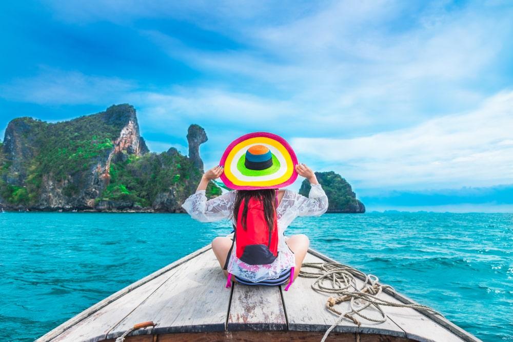nő utazás nyár