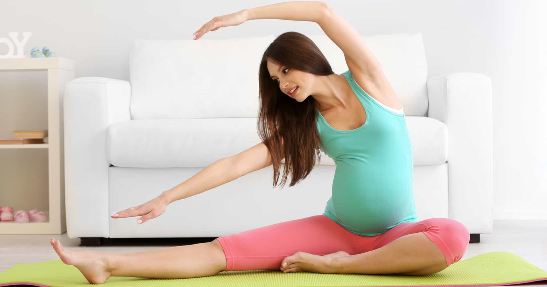 terhes nő jóga