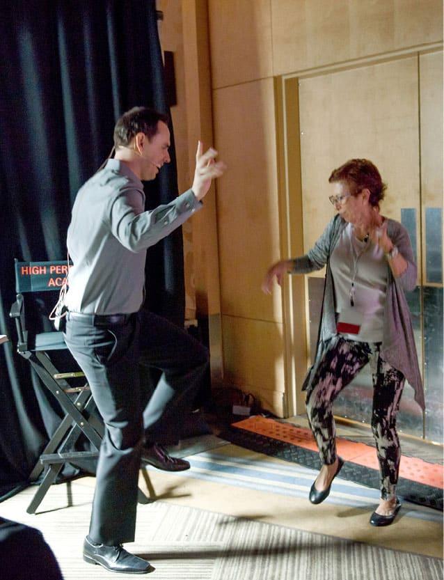 Brendon Burchard tánc