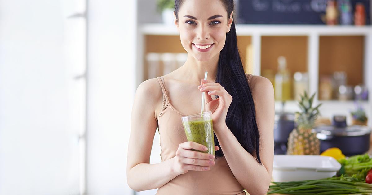 Nyári hűsítő italok és egészséges receptek hogy sokáig élj